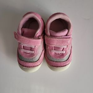 Stride Rite Pink Jazzy velcro shoes size 5.5M